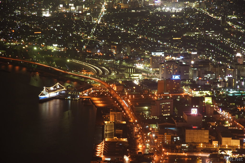 view--hakodate port at night