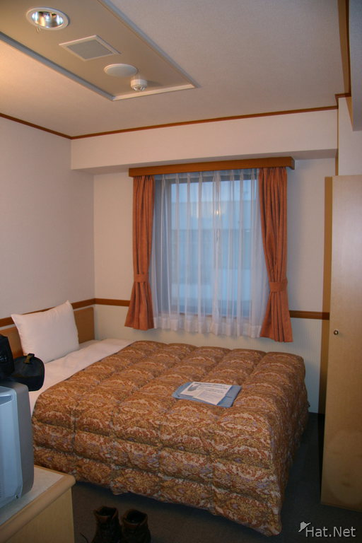 hotel--hakodate - queen size bed in toyoko inn