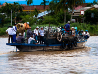 overloaded river boat Hoi An, My Son, South East Asia, Vietnam, Asia