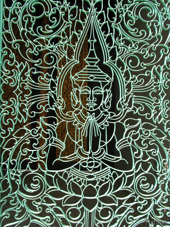 buddha pattern on gate