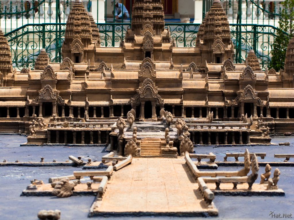 model of angkor vat