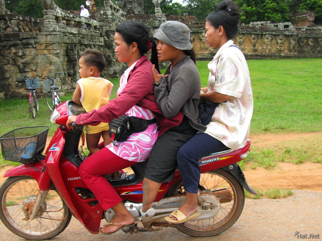 siem reap family car