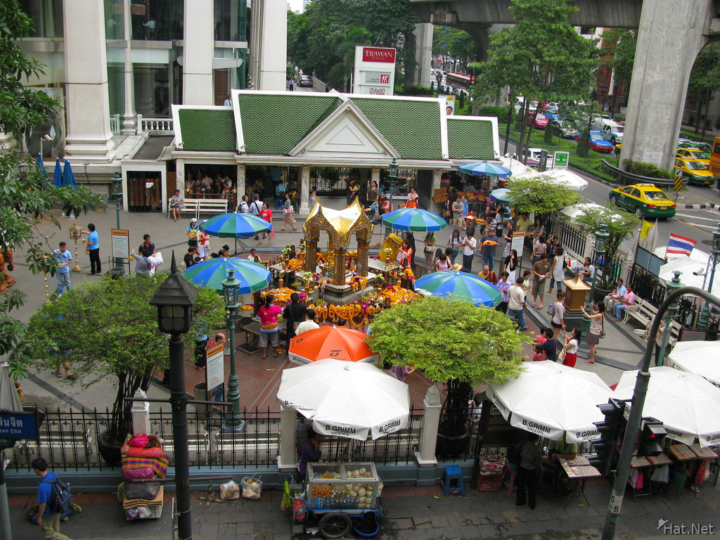 erawan shrine from flyover