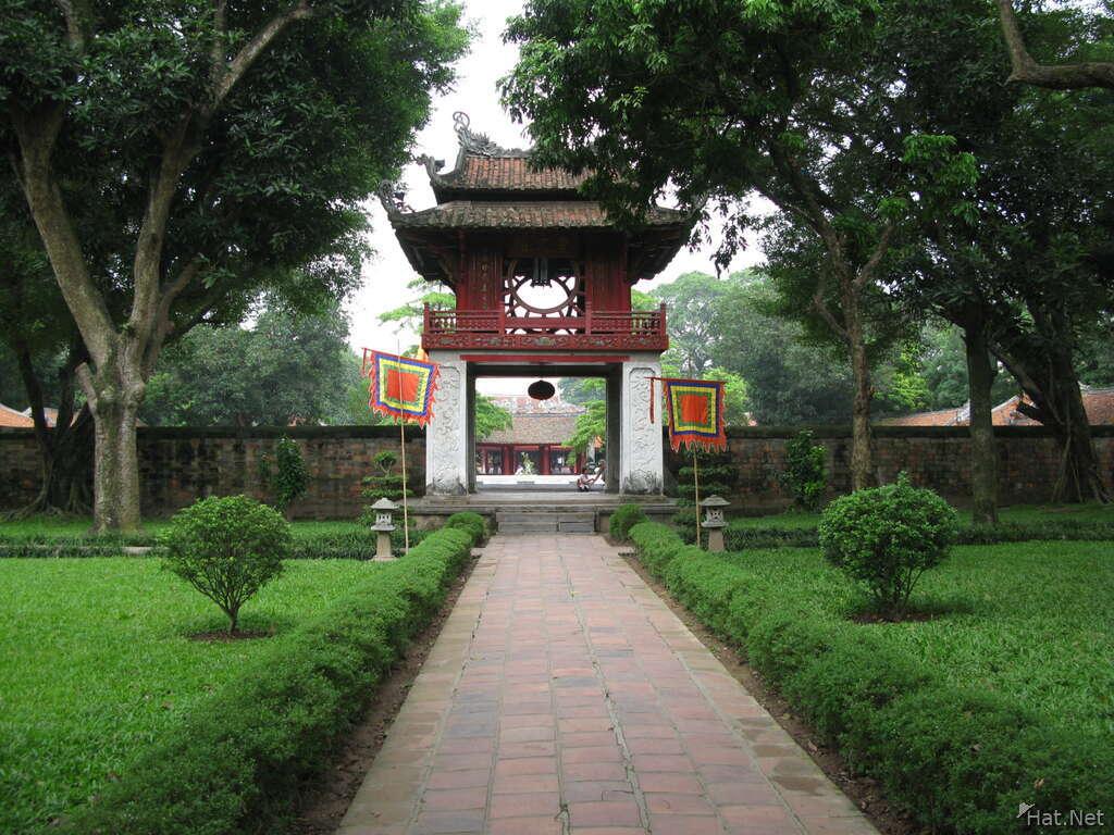 Visiting Temple of Literature