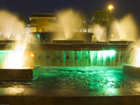 20101010183518_mohammed_v_place_fountain