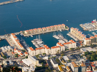 20101107100654_gibraltar_yatch_port