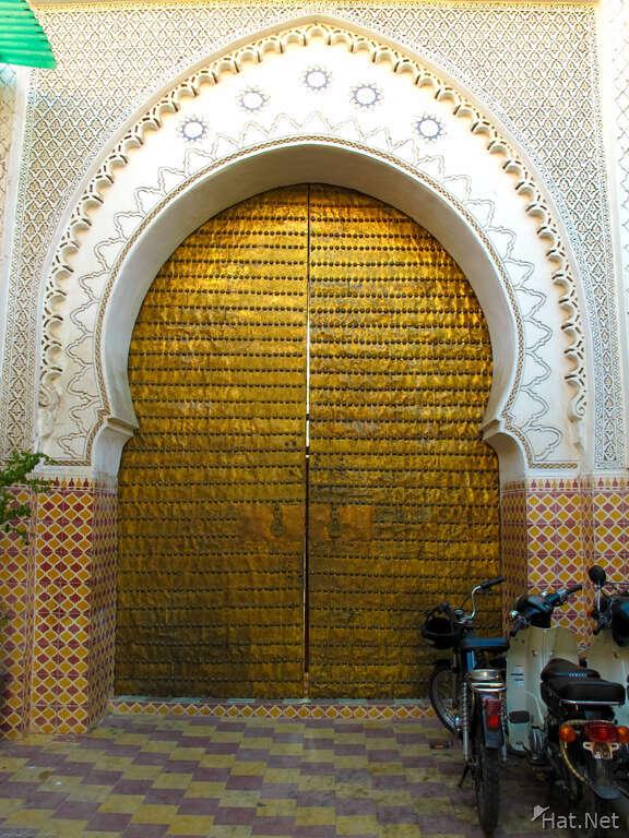 Slides & secret door doors : Moorish Empire pezcame.com