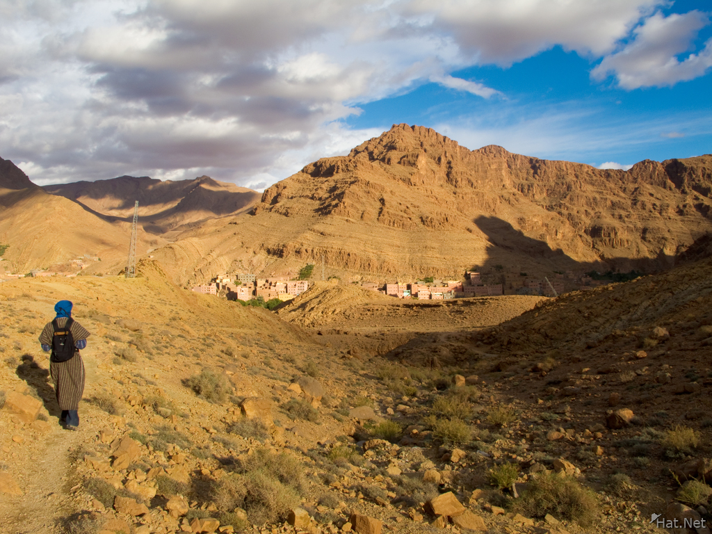 view--return to todra gorge