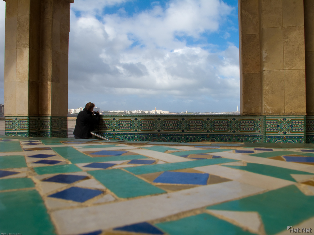 photographer outside grand mosque