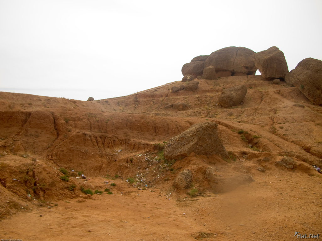 big boulders in valley of roses
