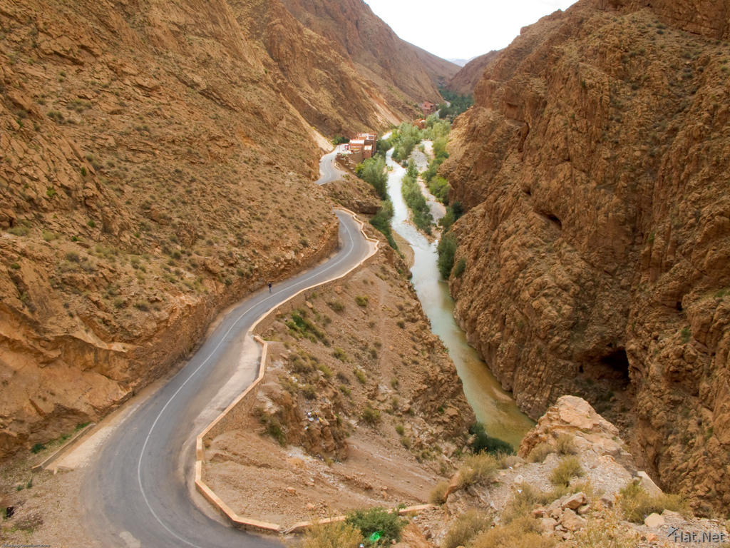 dades valley road
