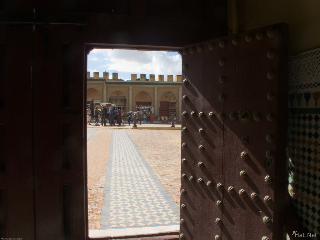 mausolee moulay ismail gated door & mausolee moulay ismail gated door imperial city : Moorish Empire
