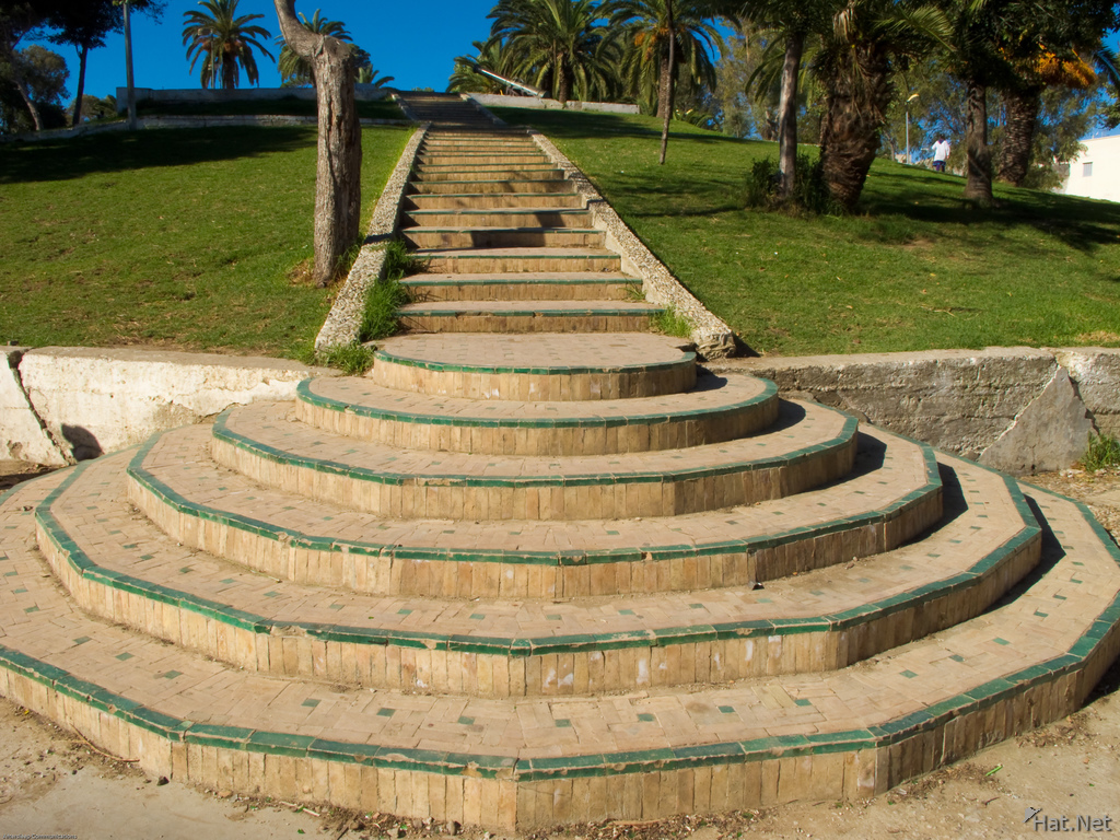 stairs to grand succo