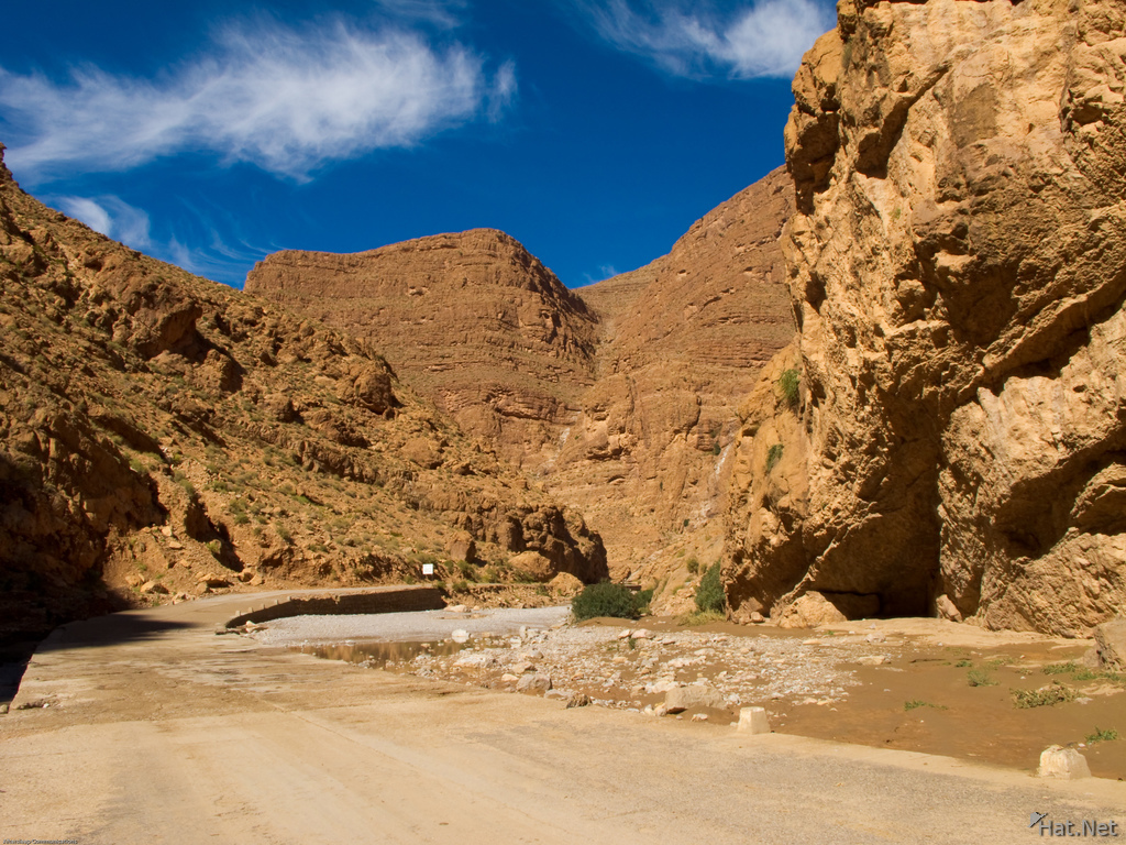 road in todra gorge