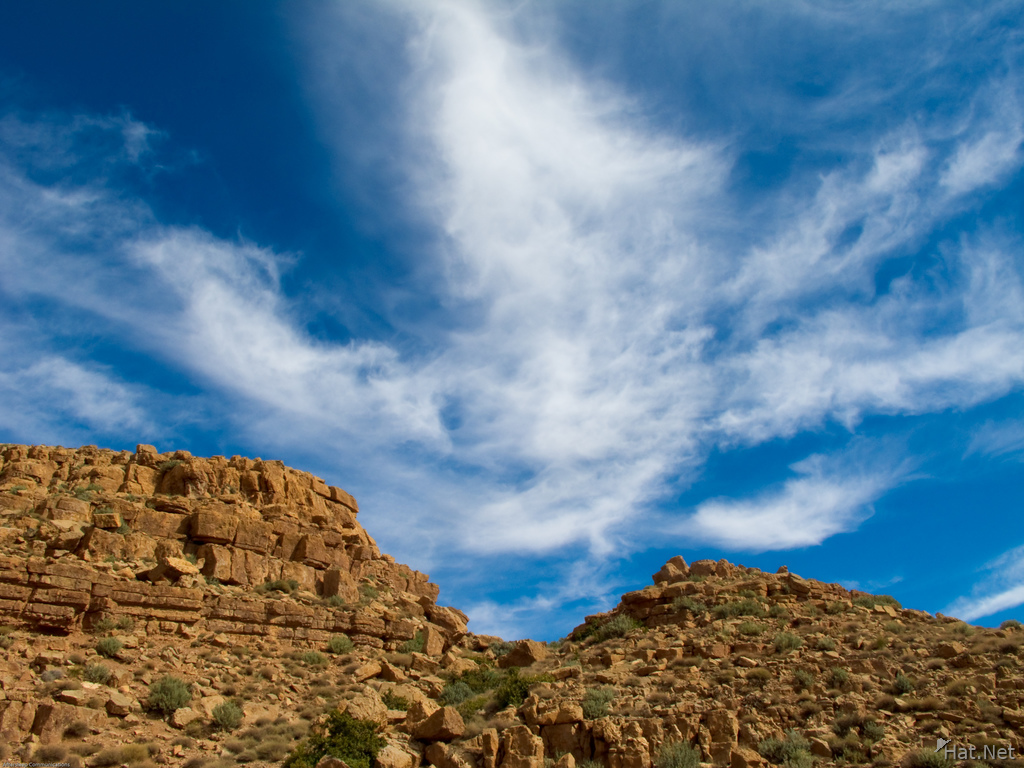 blue cloud sky in todra gorge
